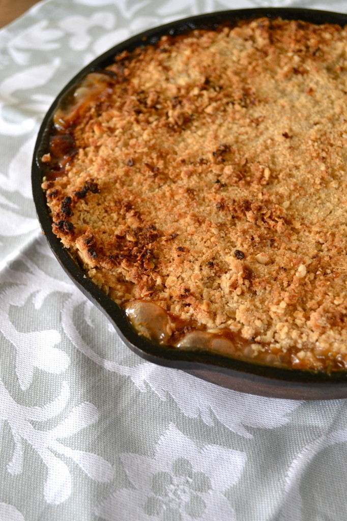 White Wine Apple Crisp