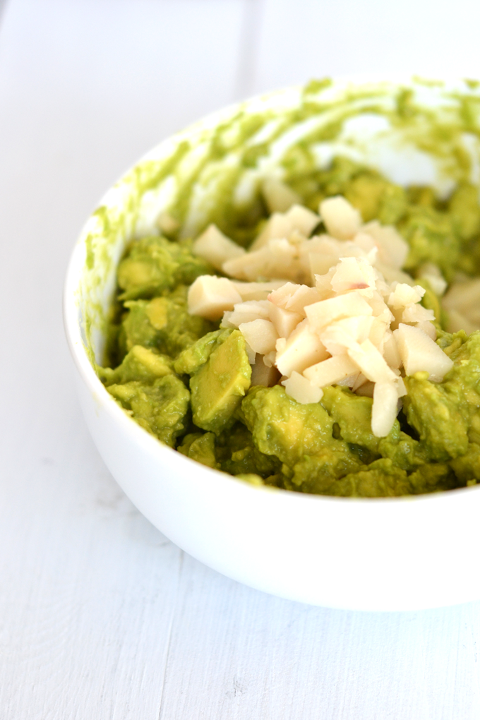 Want a new twist of guacamole? This Asian Guacamole has just a few ingredients and goes great as a dip or topping to any asian inspired meal! It is Whole30 and Paleo approved!