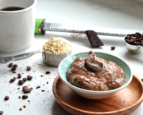 Maca Mocha Chia Pudding to add lots of flavor and nutrients for anything from breakfast to dessert!