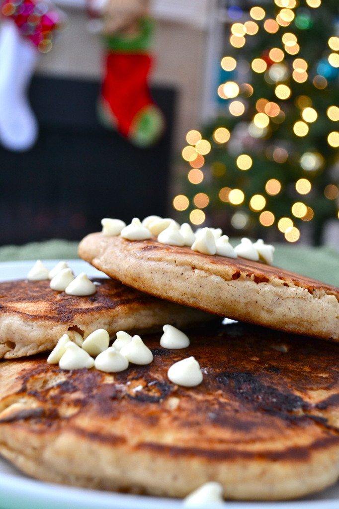 Gingerbread White Chocolate Chip Pancakes
