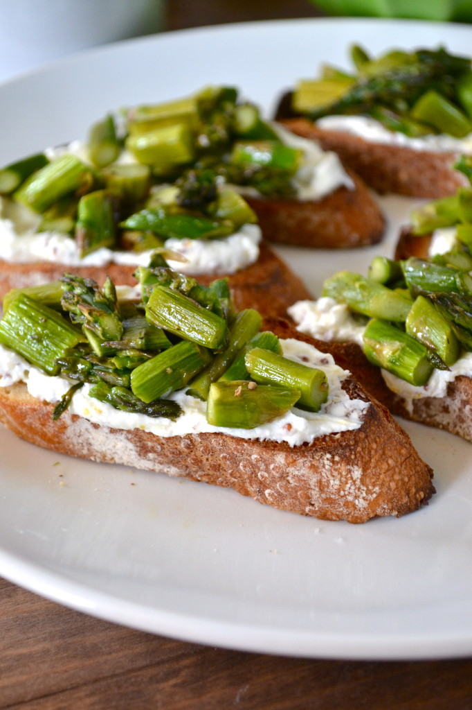 Asparagus Bruschetta Crostini with Mustard Lemon Goat Cheese