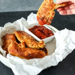 Whole30 chicken tenders - a quick paleo dinner that will get you through the Whole 30 challenge!