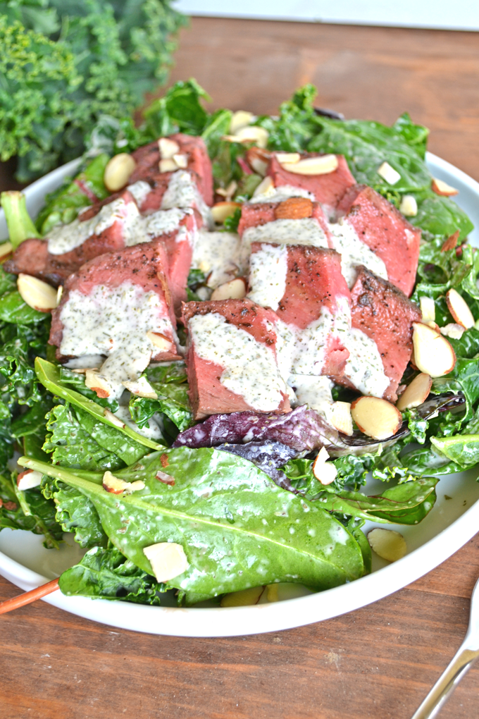 Whole30 Ranch Steak Salad - A quick and easy ranch that is whole30 approved! non-dairy // paleo