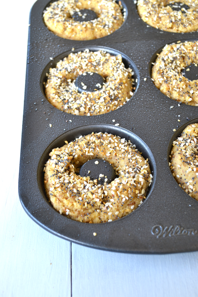 Paleo Everything Bagels! These bagels come together in one bowl and 30 minutes! Perfect alternative on a paleo diet!