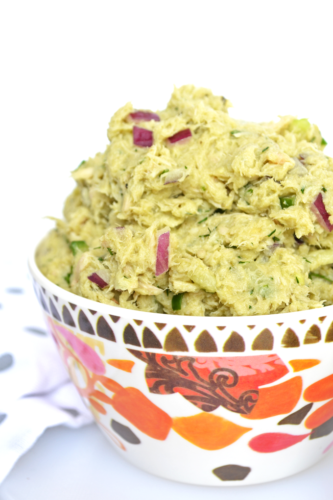 This Avocado Dill Tuna Salad is paleo, whole 30 and packed with flavor!! Avocado completely replaces mayo for an all natural healthy fat addition!