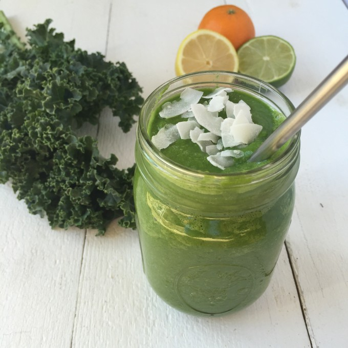 Rejuvenating Green Detox Smoothie - part of a healthy green recipe roundup!
