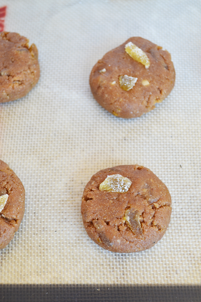 These Double Ginger Lemon Paleo Cookies are grain free, refined sugar free and packed with flavor!! Super simple and clean dessert that everyone can enjoy!