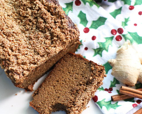 This Paleo Gingerbread Banana Bread is the perfect baked good for the holiday season! The crumb topping makes this treat better than any other!