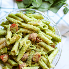 This Spinach Pesto Pasta Salad is the perfect side dish for spring and summer! Can be served hot or cold and is great for make ahead!