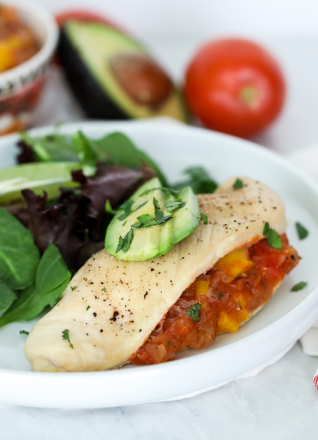 This Roasted Mango Salsa Stuffed Chicken is a fabulous meal for a quick and fresh dinner that is whole30 compliant!