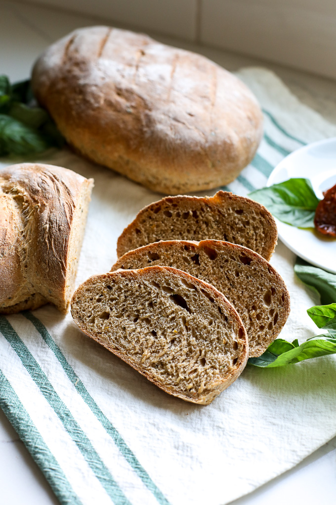 This basil and sun-dried tomato bread is so easy to make and tastes amazing!