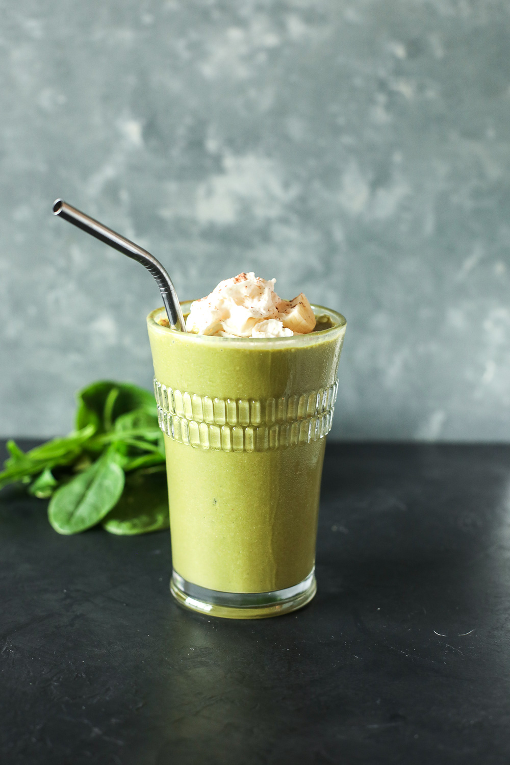 This Green Chunky Monkey Smoothie is a great way to get your greens in in the morning while tasting like a yummy milkshake!